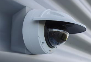 Streamlined fixed domes with brilliant image quality up to 4K and enhanced security features